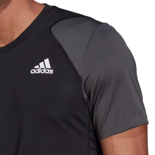 Camiseta Adidas Club Negra Detalle
