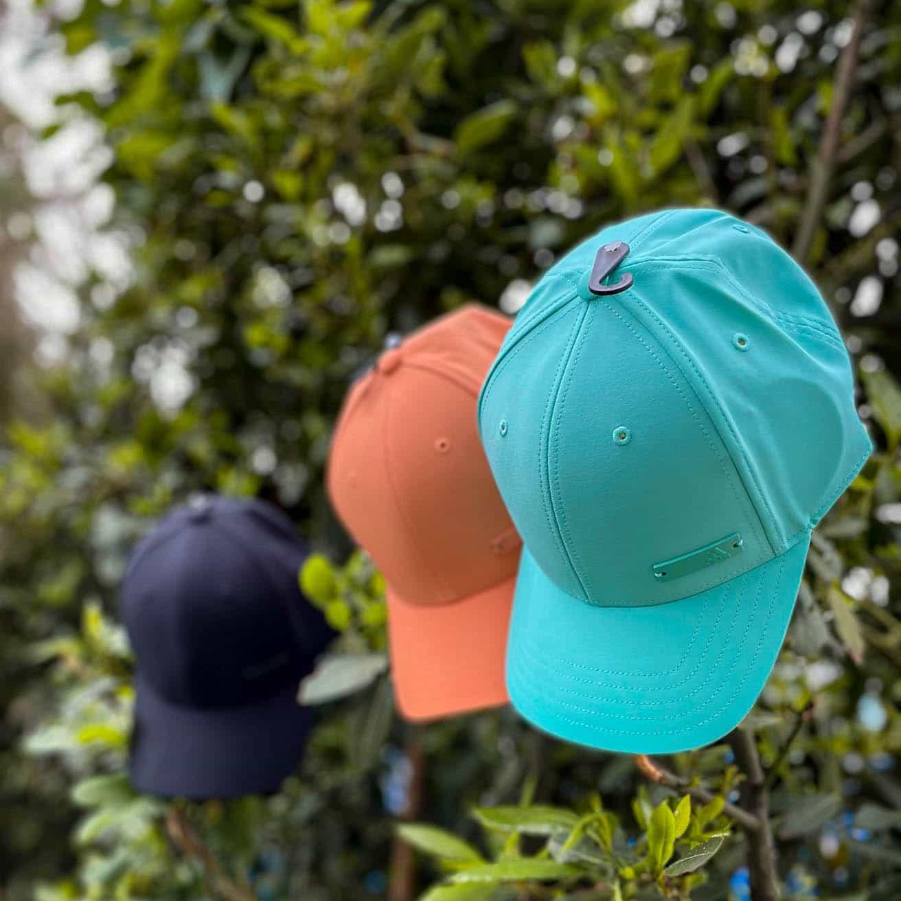 gorras adidas metalbadge tres colores